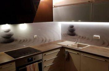 Kuhinjsko steklo ali keramične ploščice